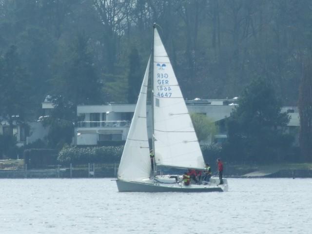 Beschreibung 1: Platu 25 Training auf der Scharfen Lanke - 02-4-11 - Photocopyright: SailingAnarchy.de