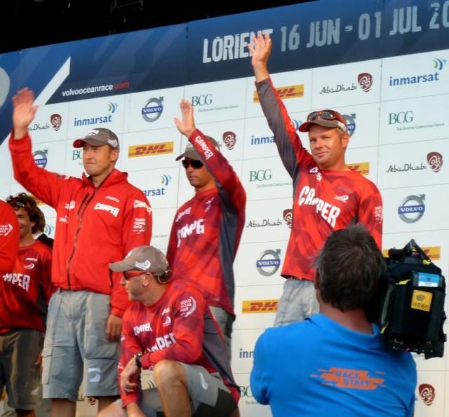 Camper/Emirates Team New Zealand auf der Siegerehrung nach dem Inport-Rennen in Lorient