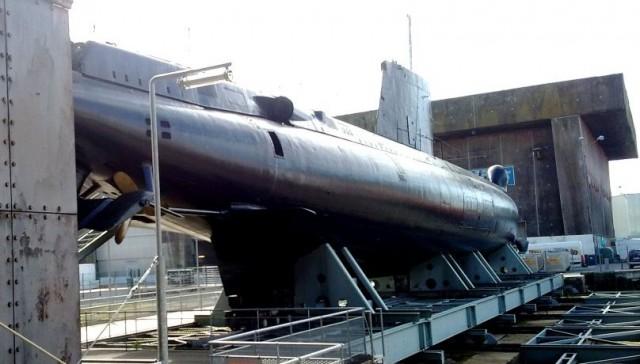 Besichtigung möglich: Ein französisches U-Boot in seinem natürlichen Habitat